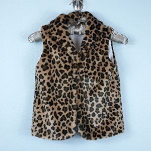Carter's leopard faux fur vest size 7